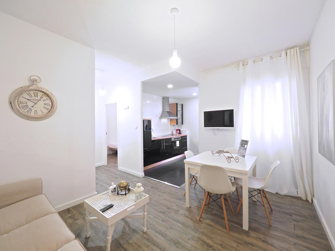 Magnifique appartement proche du stad de football du club de Barcelona pour 5 - My Space Barcelona Appartements