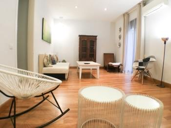 Cozy apartment for groups located in the city cent