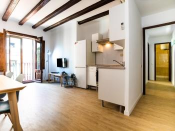 Mid Term Apartment in Barrio Gotico for 4 People