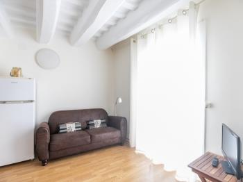 Bright apartment in the centre of Barcelona ideal